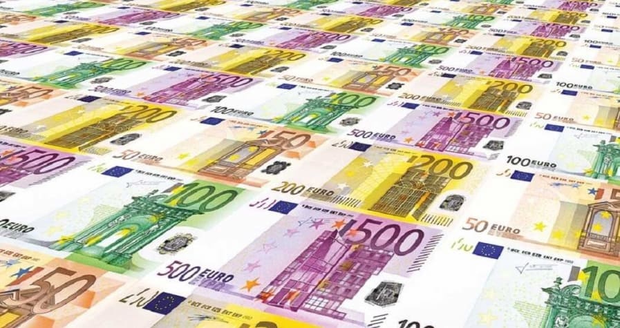 Euro - Is it Going to Die? 3