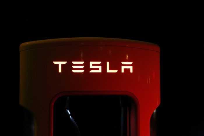Elon Musk Trouble Must?